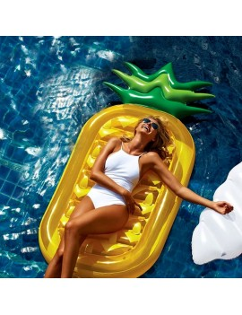 bouée matelas ananas painapo pineapple yellow pool float piscine beach plage tahiti fenua shopping